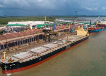 Porto de Itaqui supera volume histórico movimentado em 2020